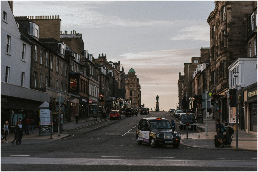 Auszeit in Schottland - Straße in Edinburgh